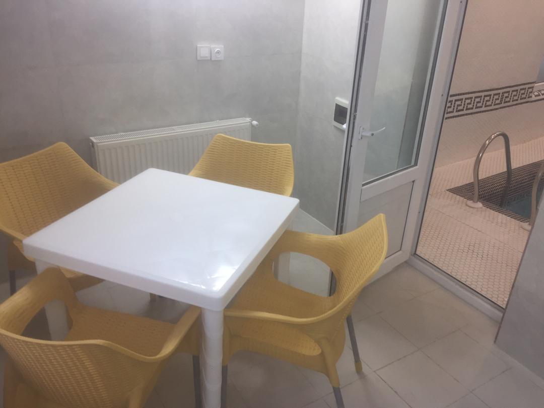 میز استخر