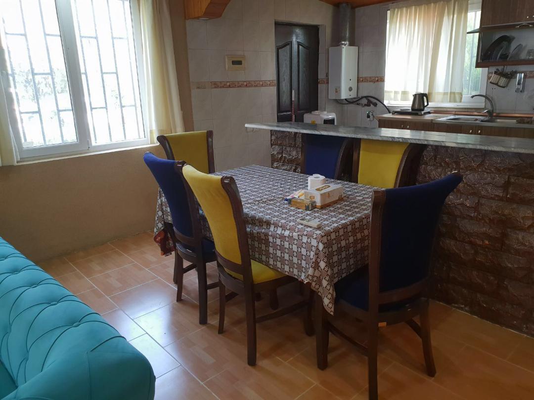 سرویس غذاخوری و آشپزخانه